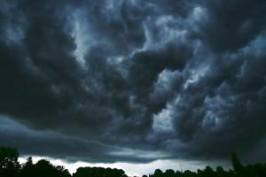 Wolken-ziehen-auf