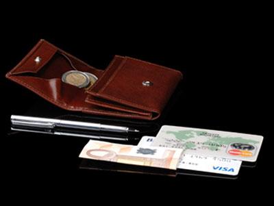kleinste-geldboerse-uno-von-x47